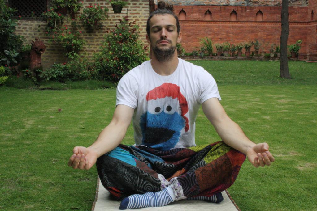 meditation in nepal