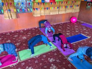 nepal-yoga-home-yoga-class
