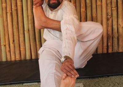 Aakarna Dhanurasana Yoga Posture