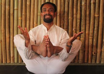Vikasitakmalasana Yoga Posture