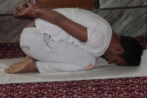 shashankasana-third-step