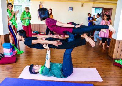 acro yoga in nepal