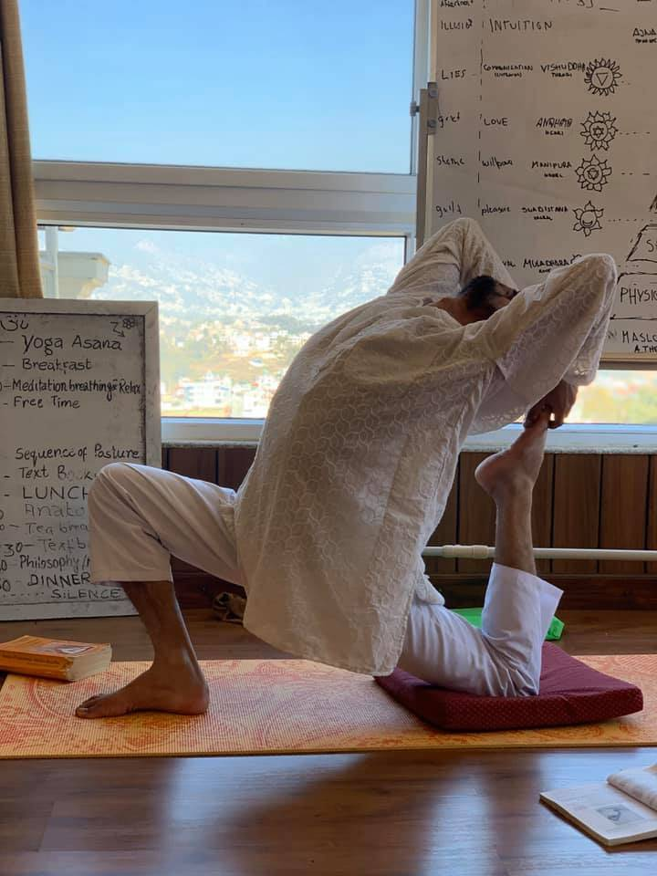 yoga-reterat-in-nepal