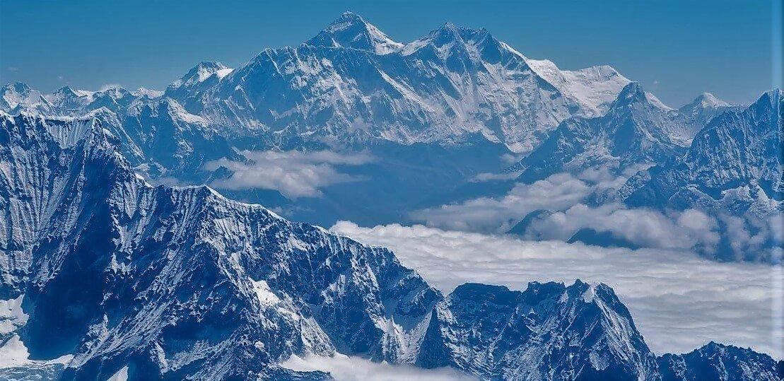 everest base camp yoga trekking in nepal