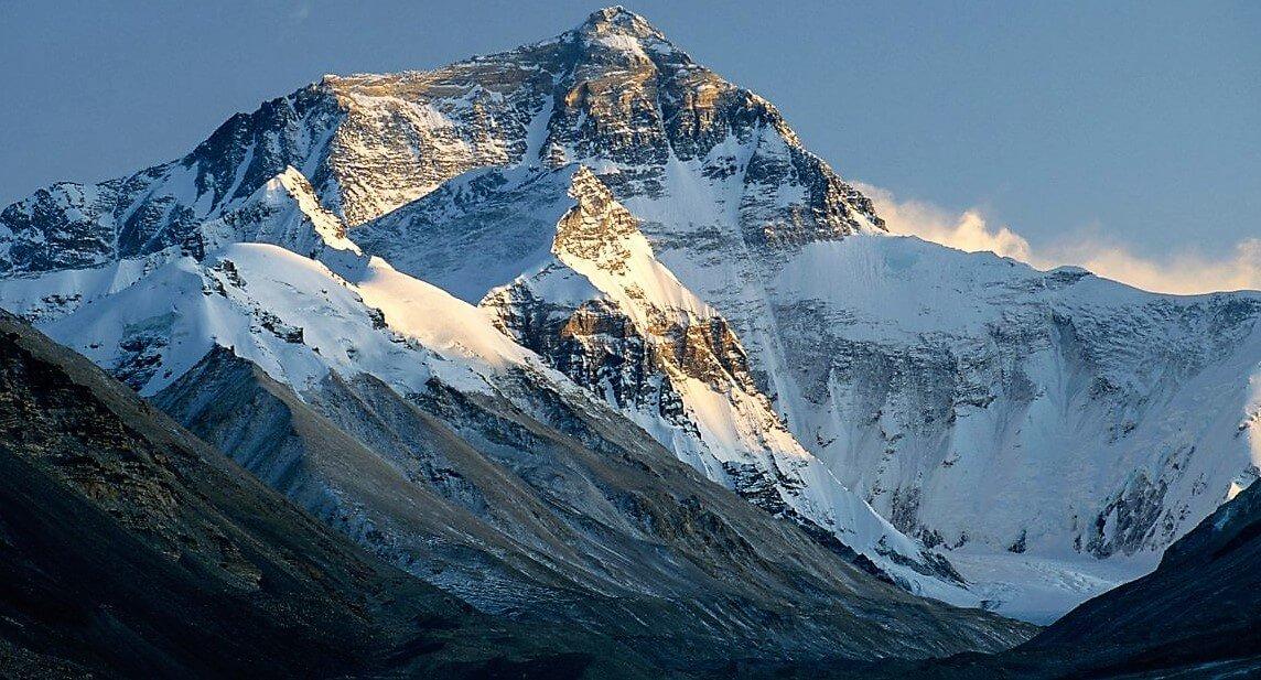 everest yoga trekking in nepal