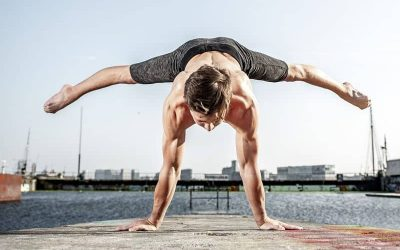 muscles contraction in yoga workout| contraction and expansion of muscle in yoga