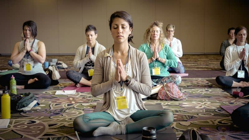 How to create yoga teaching environment